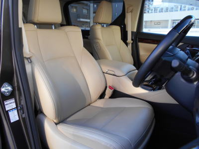 2018 Toyota Alphard Hybrid G-F package driver seat